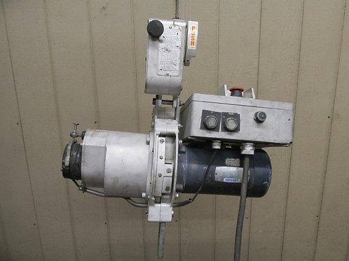 Lisbon Model 180-030 Cable Hoist Personnel Electric Skyclimber 1000 lbs 1/2 Ton