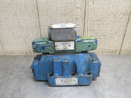 Vickers DG5S-8-2C-W-B-10 DG4V-3-6C-W-B-10 Hydraulic Solenoid Valve Stack Block