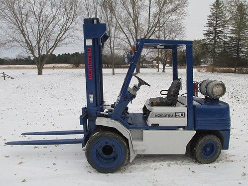 Komatsu FG30G-11 LP Gas Propane Forklift Fork Truck Lift Dual Tire 5,500 lbs