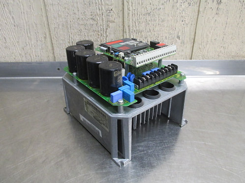 Siemens 6SE3121-0CC40 Micro Master AC Motor Drive Variable Frequency 3 HP 12A