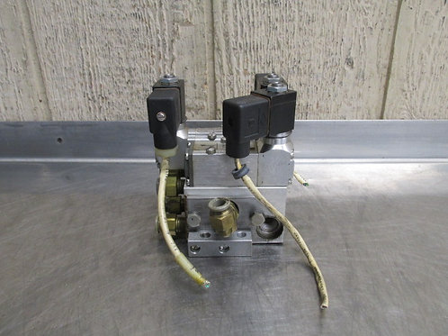 Versa KKK-4333-HC-3TC-24VDC Pneumatic Valve Manifold Block Bridgeport R2E4