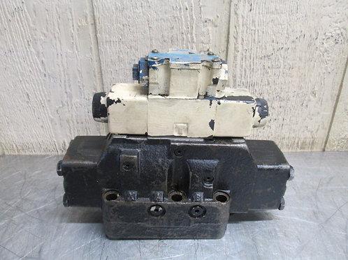 Vickers DG5S-H8-33C-T-M-FTWL-B5-60 DG4V-3S-6C-M-FTWL-B5-60 Hydraulic Valve Stack