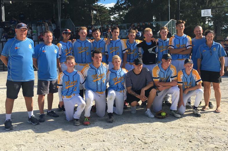 Softball-2017-Boys-NZSS-team.jpg