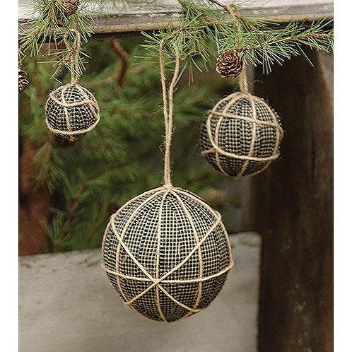*3/Set Hanging Black Rag Balls