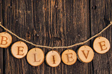 Pack of 2 Believe Tree Tag Garland