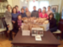 College-Club-donates-lunches-to-Salvatio