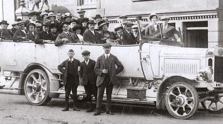 Charabanc 1923 Video