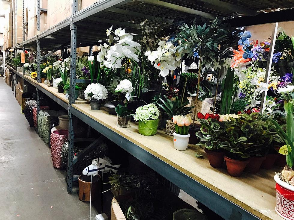 About Los Angeles International Silk Flowers