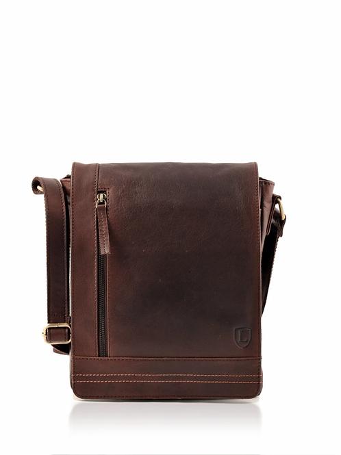 LAKELAND LEATHER Keswick Messenger Bag