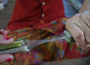 蓮糸のストールはこうやって作られる