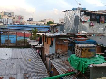 「マニラ首都圏の富と貧を感じるツアー」の話
