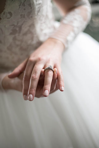 Engagement ring. Wedding photgraphy by Sydney wedding photographer Grant Hoskinson Photography.