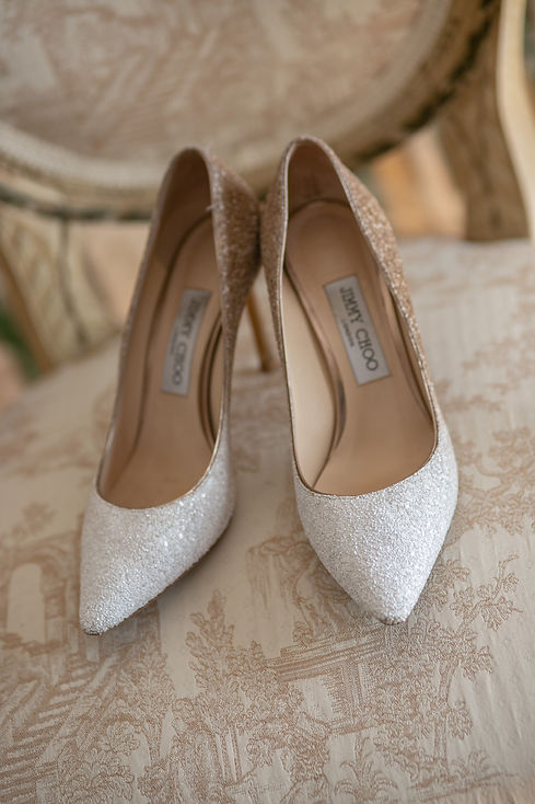 Bride's wedding shoes. Photography by best Sydney wedding photographer Grant Hoskinson Photography.