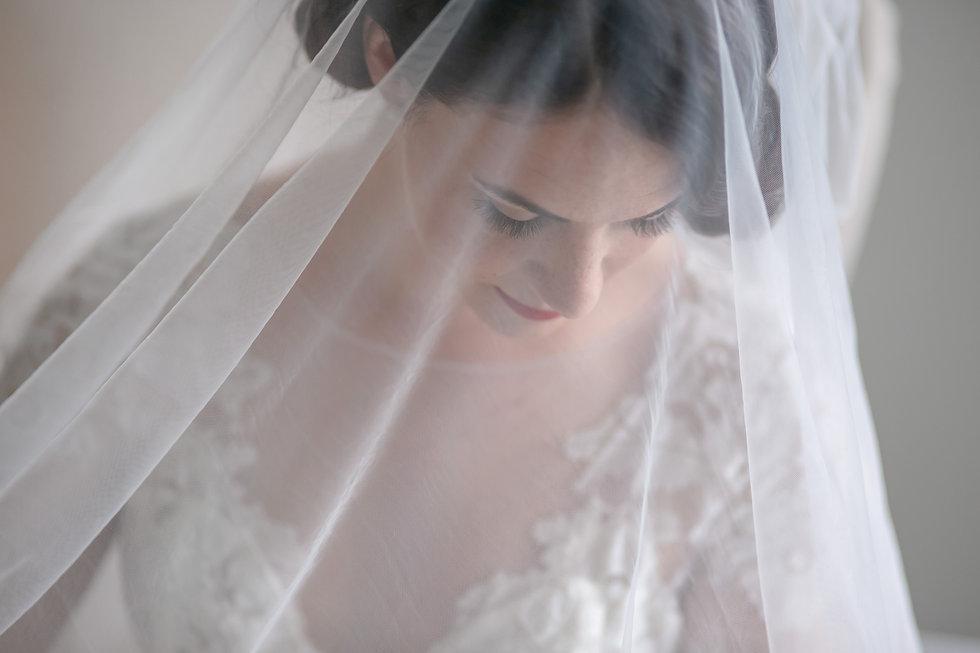 Portrait of the bride. Wedding photography by best sydney wedding photographer, Grant Hoskinson Photography.