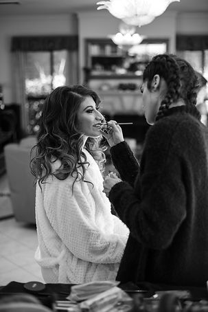 Bride getting her bridal hair and makeup done. Photography by best Sydney wedding photographer Grant Hoskinson Photography.