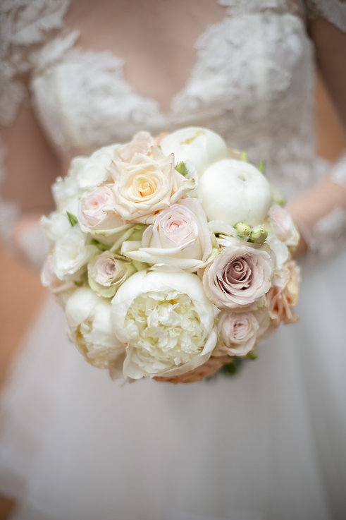 Bride's bouquet. Wedding photography by best sydney wedding photographer, Grant Hoskinson Photography.