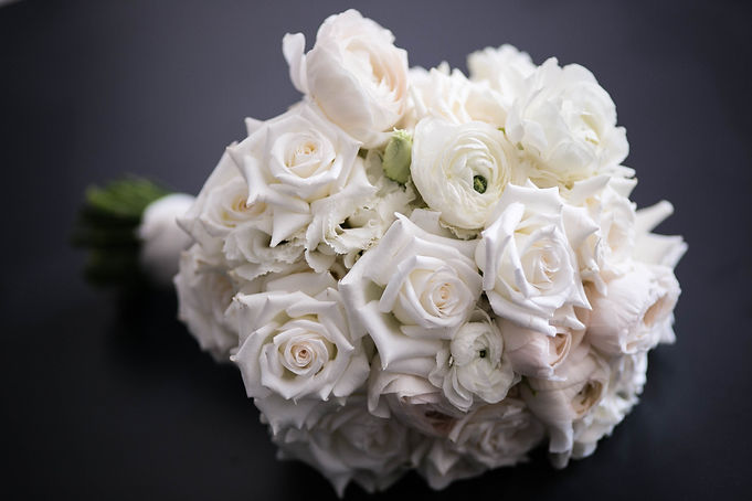Beautiful wedding photography by best sydney wedding photographer, Grant Hoskinson Photography. Photo of bride's bouquet.