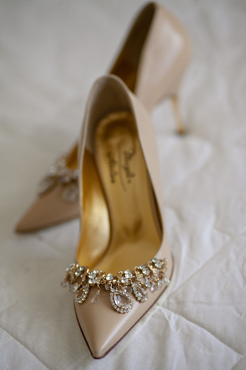 Bride's wedding shoes. Wedding photography by best sydney wedding photographer, Grant Hoskinson Photography.