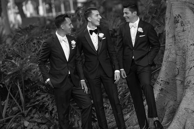 Groom with groomsmen at Hyde Park, Sydney. Wedding photography by best sydney wedding photographer, Grant Hoskinson Photography.