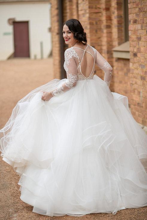 wedding location shoot at Hyde Park Sydney. Wedding Photography by best sydney wedding photographer, Grant Hoskinson Photography.