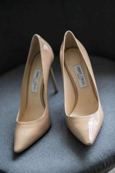 Bride's wedding shoes. Wedding Dress. Wedding photography by best sydney wedding photographer, Grant Hoskinson Photography.