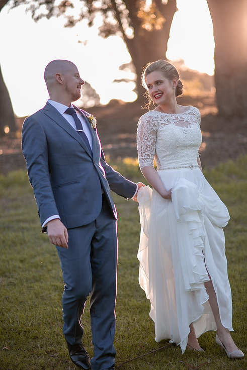 Bride and groom on location at at Gibraltar Hotel, Bowral. Wedding photography by best sydney wedding photographer, Grant Hoskinson Photography.