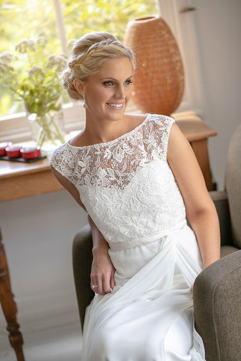 Portrait of bride on her wedding day by best sydney wedding photographer Grant Hoskinson Photography.