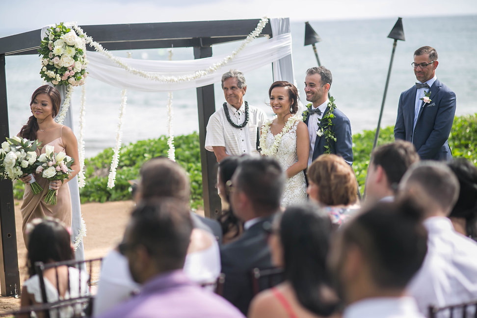 Sydney wedding photographer. Grant Hoskinson Photography. Wedding ceremony. Maui, Hawaii.
