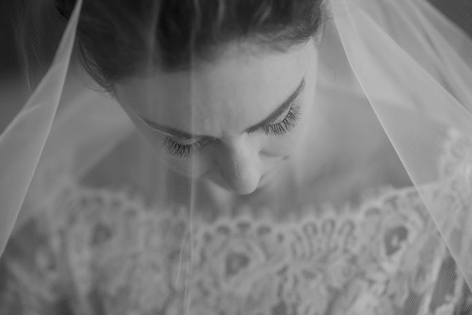 Bride portrait under the veil. Wedding photography by best sydney wedding photographer, Grant Hoskinson Photography.