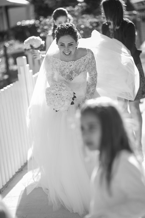 Bride leaving home to go to the ceremony church. Wedding photography by best sydney wedding photographer, Grant Hoskinson Photography.
