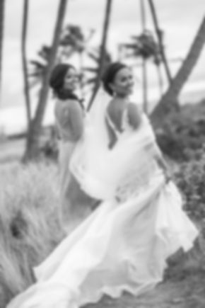Sydney wedding photographer. Grant Hoskinson Photography. Bride and bridesmaid location photos. Maui, Hawaii.