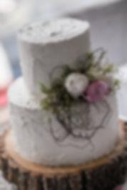 Wedding cake. River's Edge Events wedding venue. Beautiful wedding photography by popular Sydney wedding photographer, Grant Hoskinson Photography.