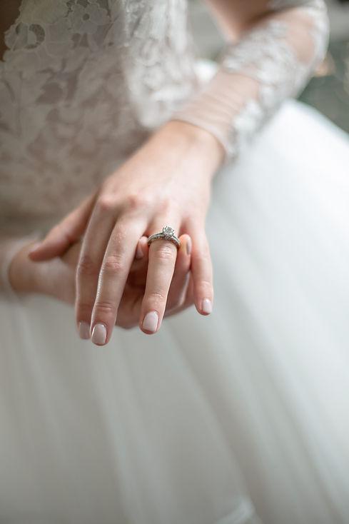 Bride's engagement ring. Wedding photography by best sydney wedding photographer, Grant Hoskinson Photography.