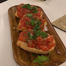 Pan Con Ajo e Tomate