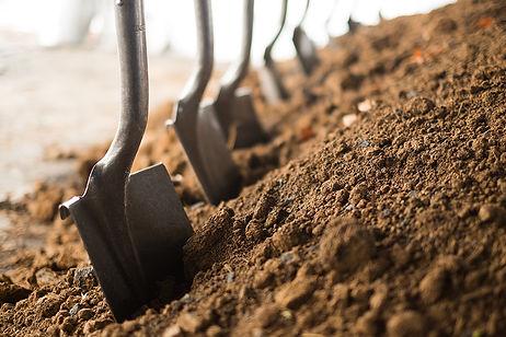 GALLERY-Shovels-in-Dirt-1-The-Waterfront-Groundbreaking-Ceremony-2015-11-12.jpg