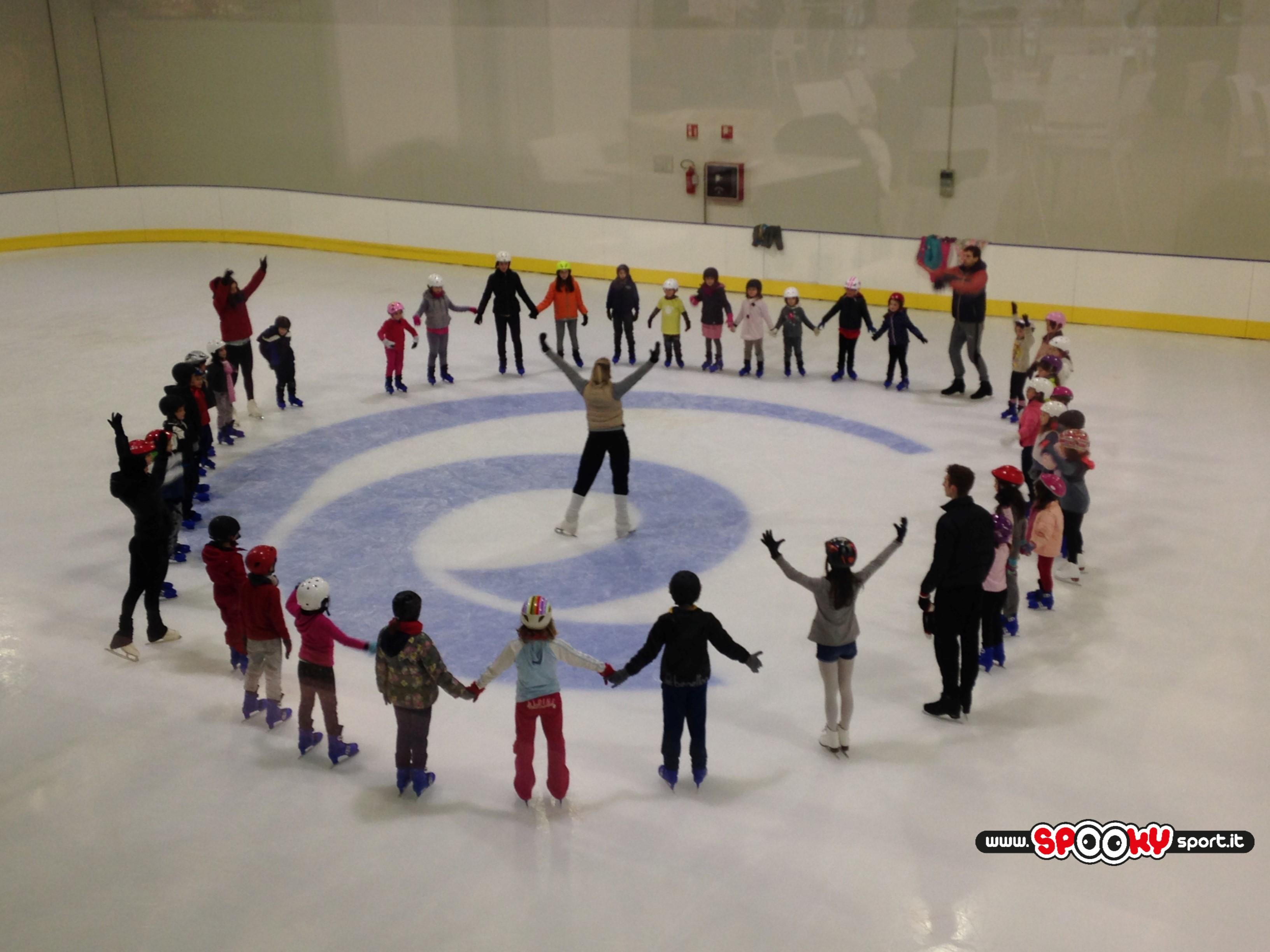 corso-pattinaggio-ghiaccio-bambini-berga