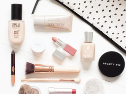 What's In Your Makeup Bag
