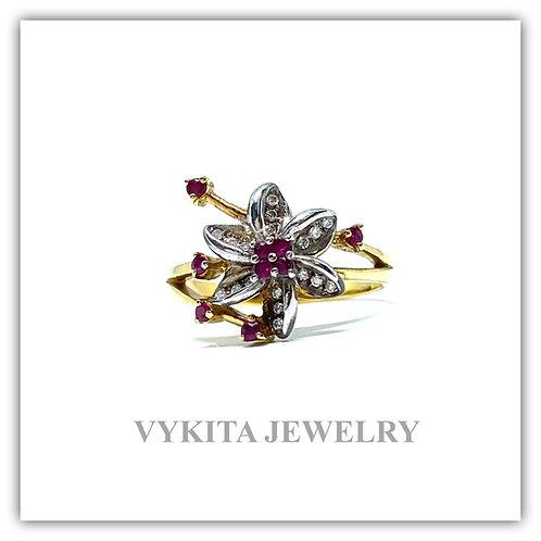 18K Ruby Diamond Ring