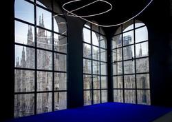 klein_tappeto.di.pigmenti.blu-fontana.struttura.al.neon.1951
