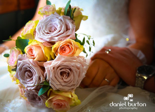 Wedding flowers, Bridal bouquets and morning preparations
