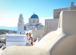 Santorini destination wedding adventure