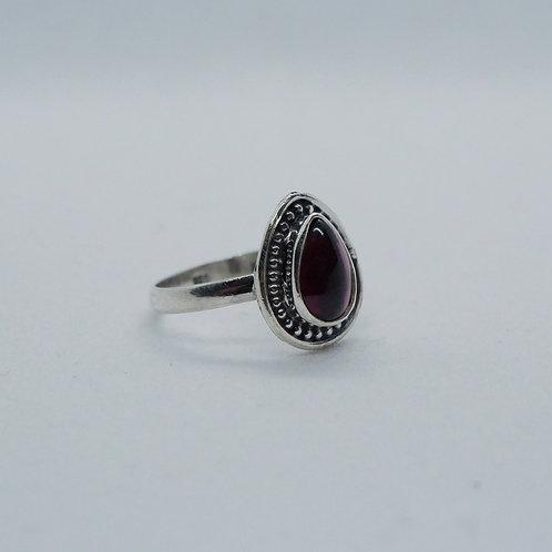 Granate ring