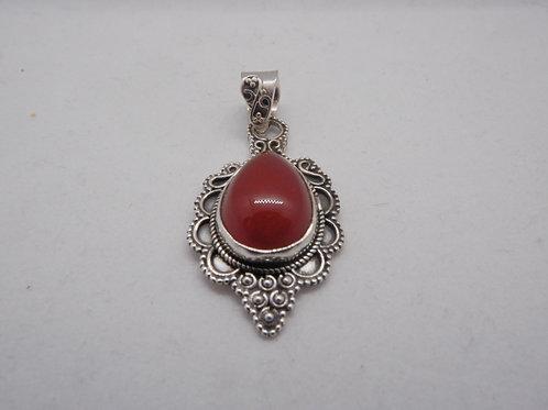 Raya pendant