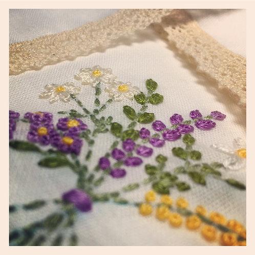 Lace Handkerchief - Blossom Bouquet