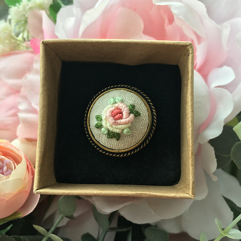 Embroidered Ring (Peach Rose)