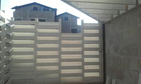 גדר עץ - גני ששון (2).jpg