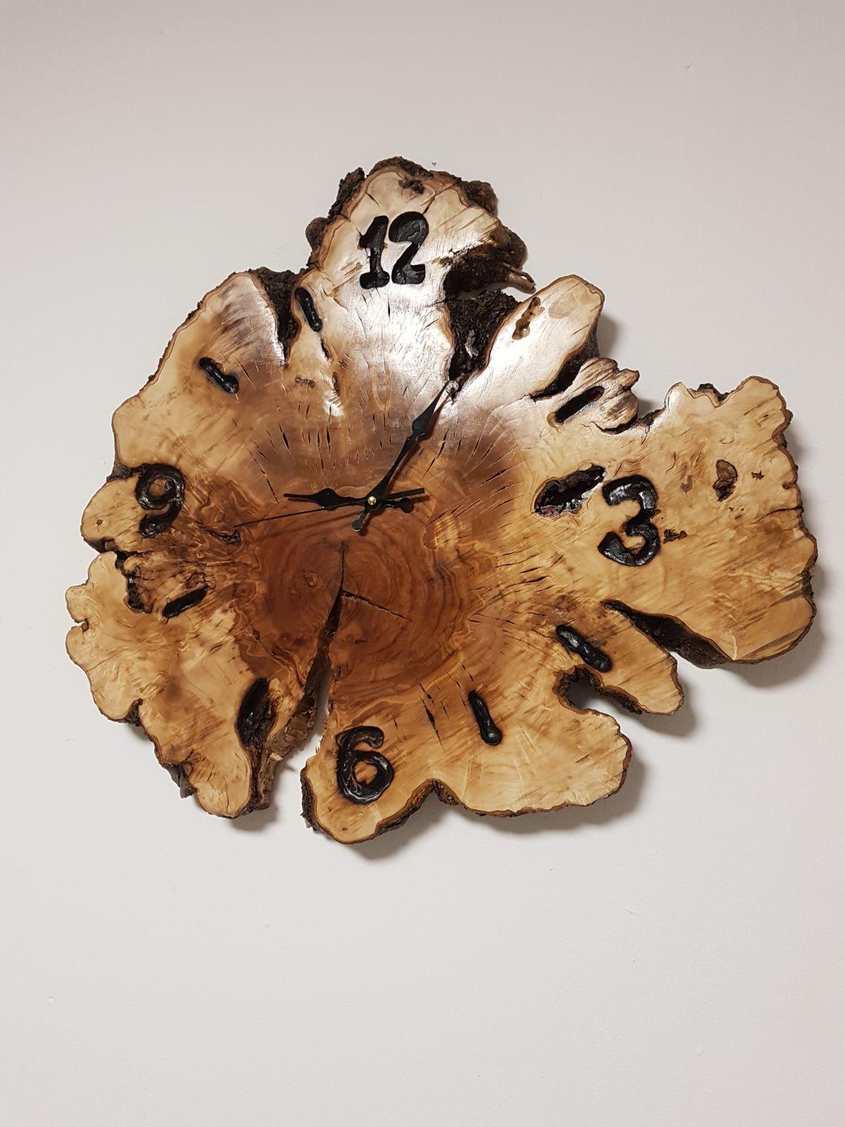 שעון מעץ טבעי
