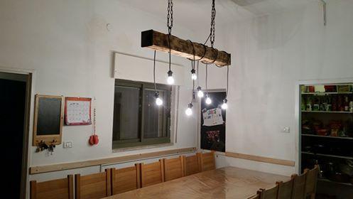 מנורות על אדן רכבת