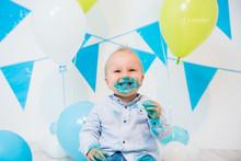 Foto priča: beba vs. torta 1:0