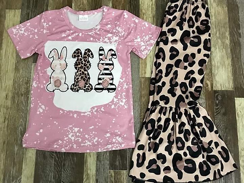 Leopard and bunny tails set
